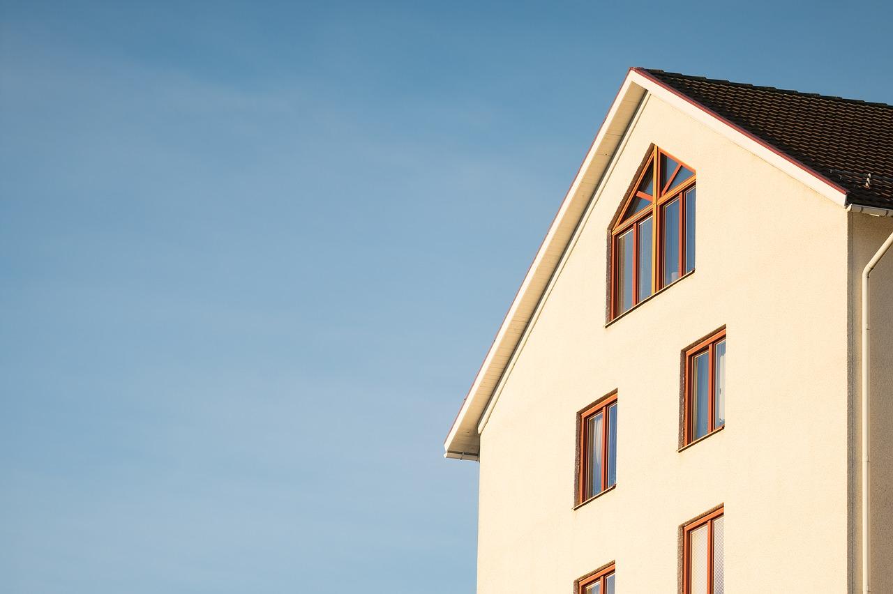 LCTB réalise tous vos travaux de ravalement de façade.